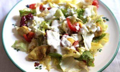 salata sos giaourti