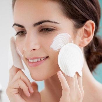 Τα 4 πιο συχνά λάθη που κάνετε με το μακιγιάζ σας