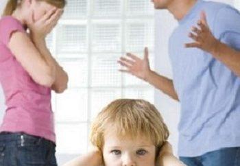 Καυγάδες γονέων παιδεύουσι τέκνα;