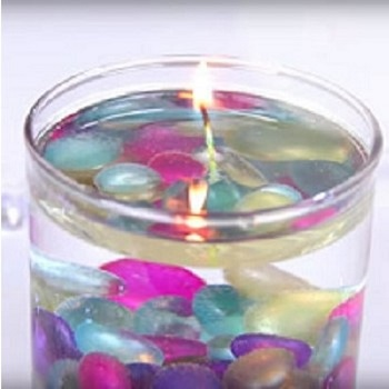 Χειροποίητα κεριά σε νερό
